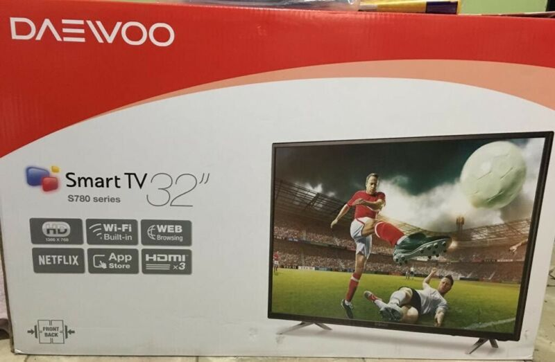 "Tv nuevo daewoo 32"" smart tv"