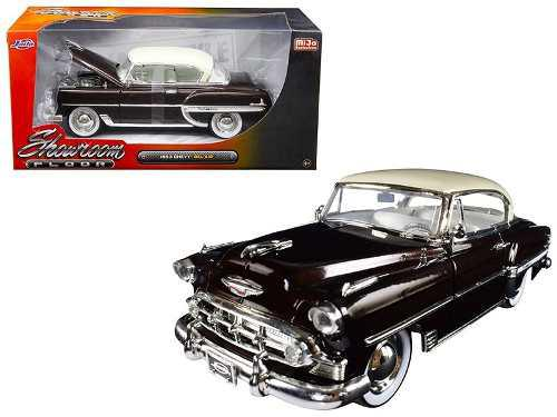 Jada 1:24 - 1953 Chevrolet Bel Air Hard Top Showroom Floor