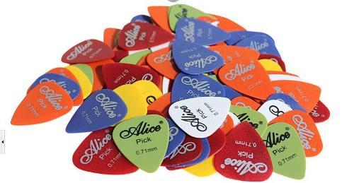 Paquete Con 100 Puas Para Guitarra O Bajo Alice