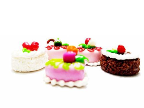 Set Pch1 Geniales Pasteles Miniatura Para Casa De Muñeca