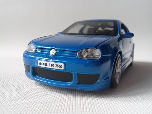 Vw Golf Gti A4 R32 Escala 1/24 Coleccion Maisto Azul
