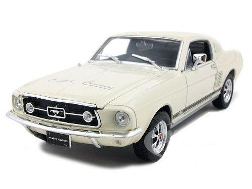 Welly 1:24 - 1967 Ford Mustang Gt Hard Top Collection Crema