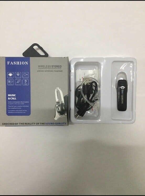 Audífono inalámbrico manos libres marca Samsung