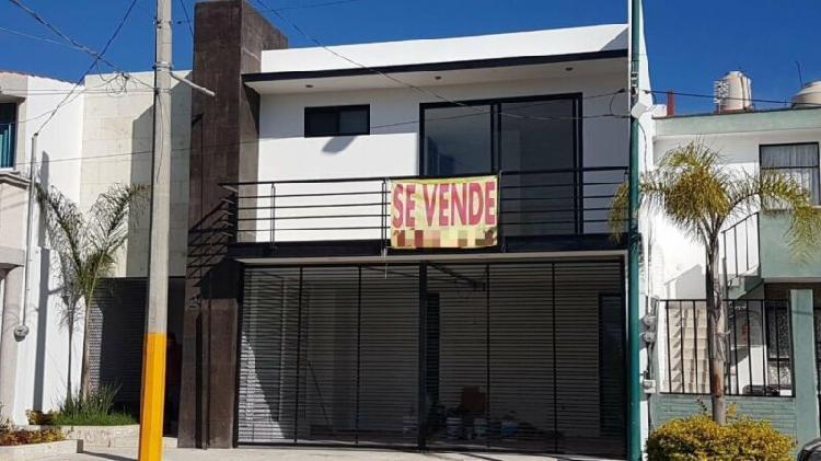 Casa en Venta en Barrios de Arboledas Puebla