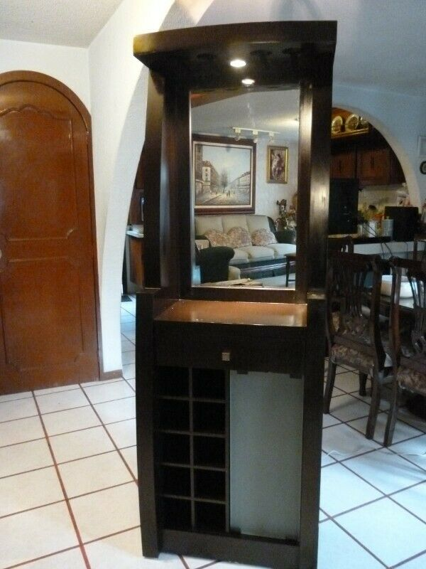 bonito mueble cantin impecable