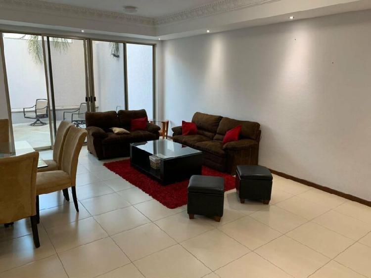 Almikia Tiene en Renta Preciosa Casa Amueblada en Porton