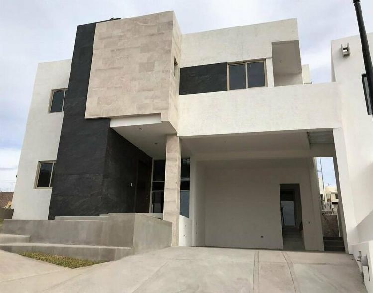 CASA EN VENTA EN NATURA CON RECÁMARA EN PLANTA BAJA / HOUSE
