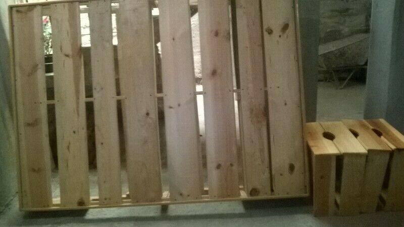 base de madera matrimonial Usada