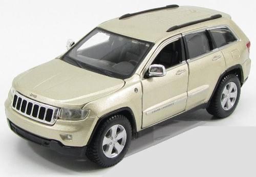 2011 Jeep Grand Cherokee Laredo Champán By Maisto 1:24