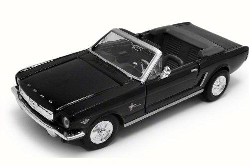 Motor Max 1:24 W/b American Classics 1964 1/2 Ford Mustang