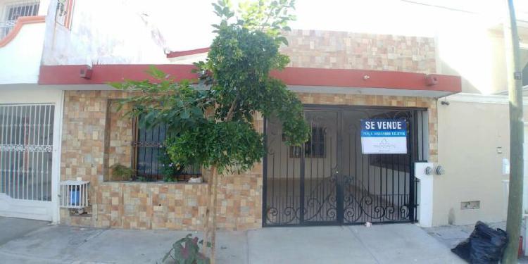 Casa en Venta 3 recámaras (mas recámara en planta baja) +