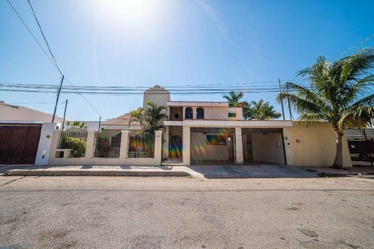 Casa en Venta de 3 Recamaras en Montecristo al Norte de