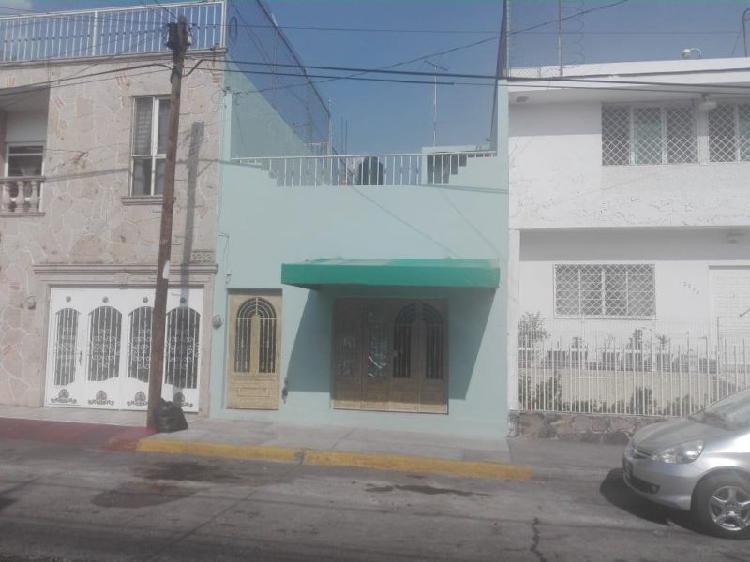 AMPLIA CASA EN COLONIA BELISARIO DOMINGUEZ, GUADALAJARA