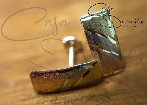 Arete Broquel Diseño Rectangular En Oro Florentino De 10k