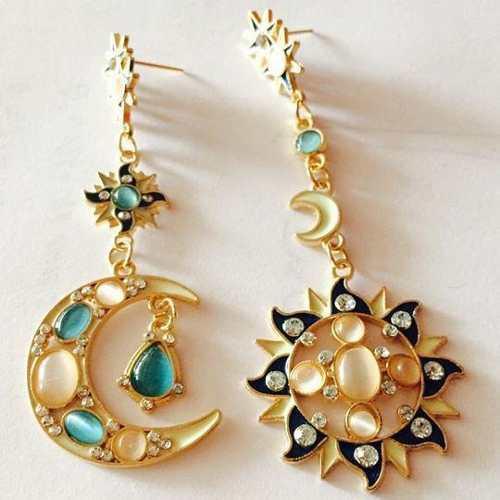 Aretes Sol Y Luna Moda Arabe Importados De Turquía.