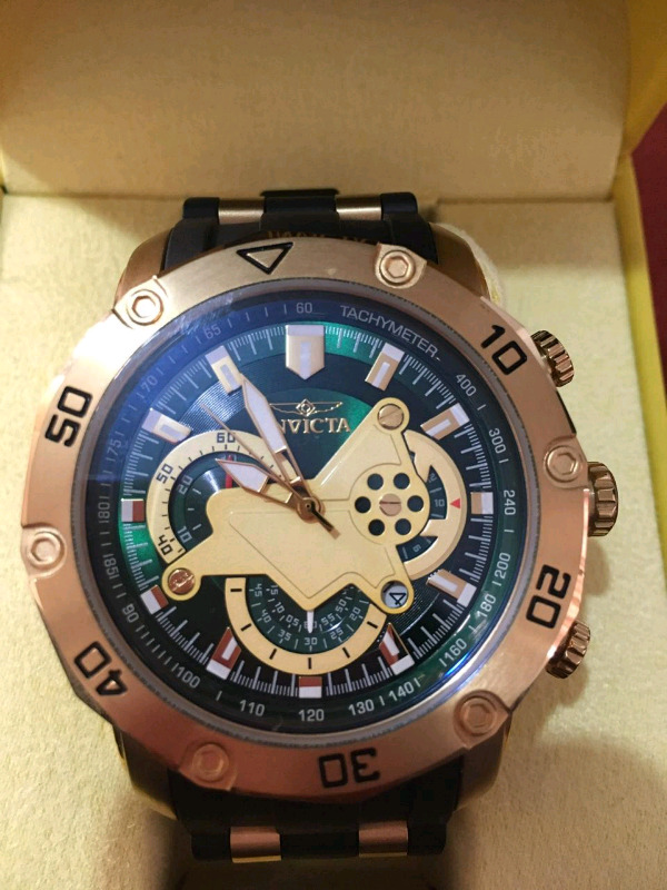 Reloj Invicta Night Glow