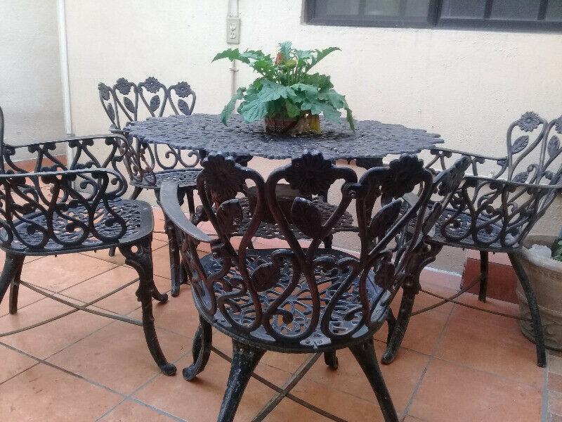 Desayunador jardín de herrería mesa y 4 | Posot Class