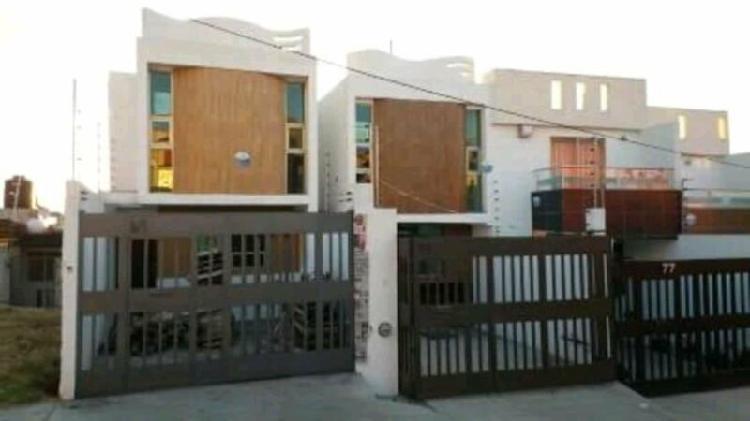 Casa en Venta Cerca de Central de Abastos, Morelia.