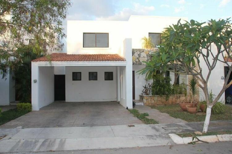 Casa en renta Privada Cocoyoles