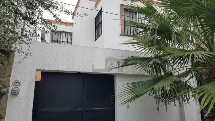 Casa sola en venta en Misión Santa Fé, Guadalupe, Nuevo