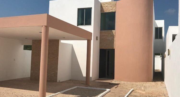 Práctica y Completa Casa Con Piscina en Colonia Nuevo