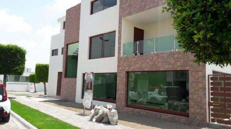 Casa en venta 5 recamaras Lomas 1 Cluster 999