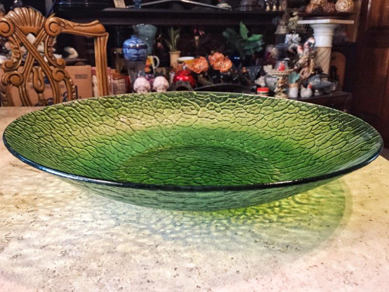Centro de mesa en vidrio verde muy retro