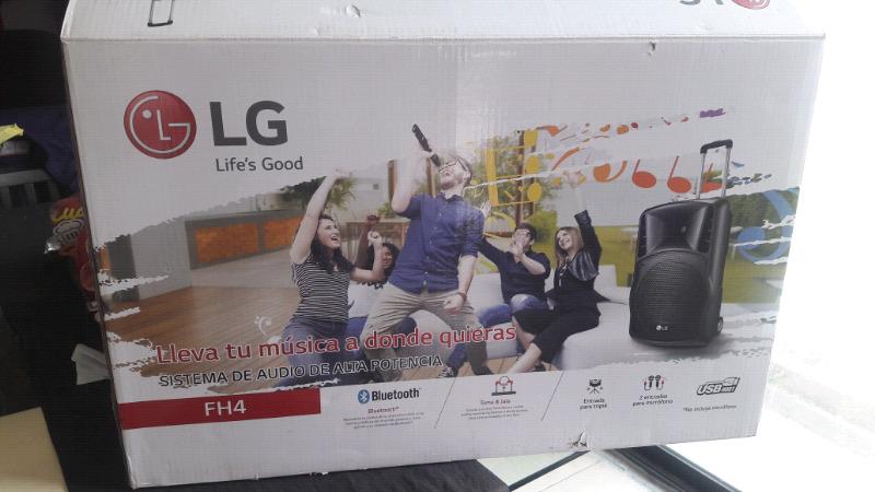 Bocina amplificada LG