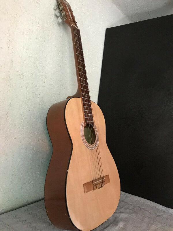 Guitarra a la venta