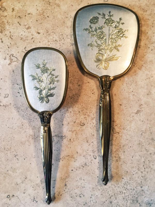 Juego de cepillo y espejo