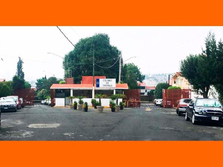 Casa en Venta en Colinas de Tarango en Fraccto cerrado con