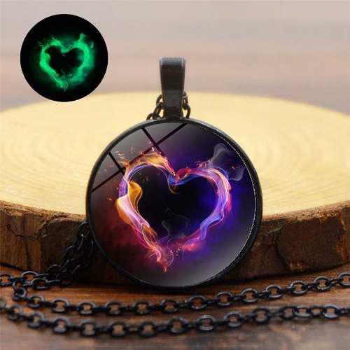 Collar Corazón Amor En La Oscuridad Magia Hada Envió