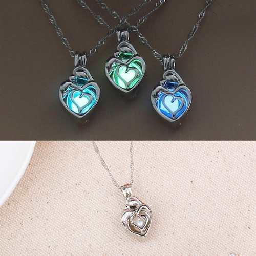 Collar Corazón Silueta Brilla Oscuridad + Estuche + Envío