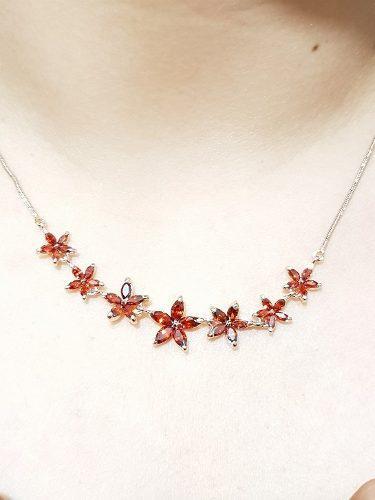 Collar De Flores Rojas De Oro Laminado Lux Envio Gratis