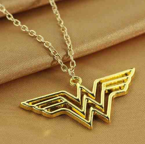 Collar De Wonder Woman Mujer Maravilla Dc Comics Superheroes