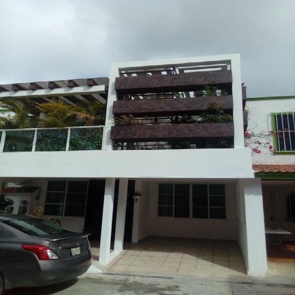 Casa en venta de 3 Recámaras en privada Zona Industrial