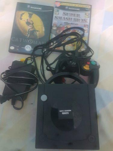 Game Cube +memory Card Y 2 Juegos Y Cables Originales