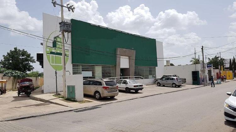 Local comercial en renta sobre calle principal del centro de