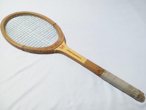 Raqueta Antigua De Madera Marca Monarca Tenis