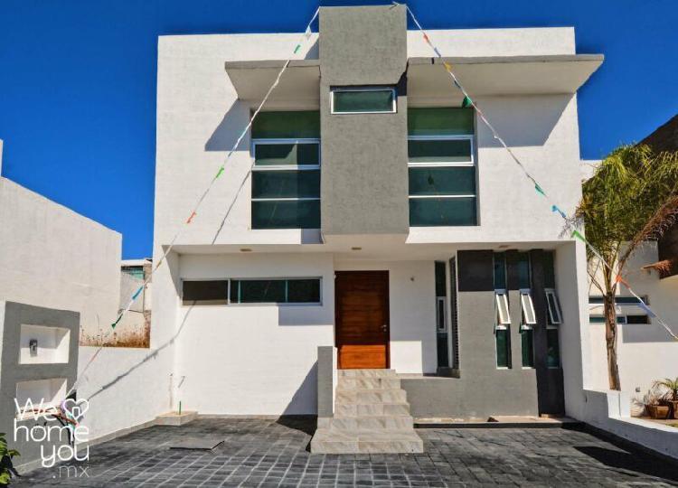 Venta de casa nueva en el Refugio, Querétaro