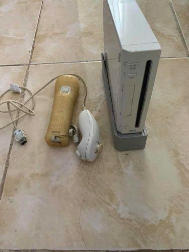 Wii Para Refacciones Le Falta El Cable Para Conectar Tv