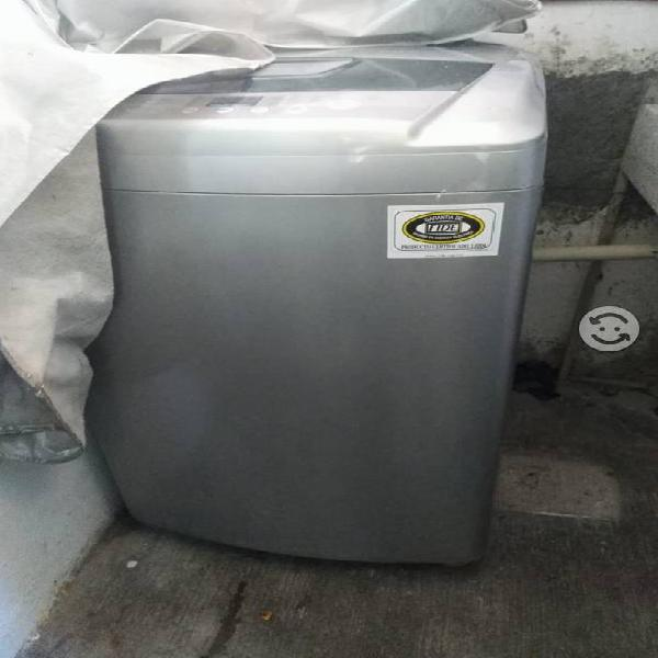 Lavadora LG 11kg excelentes condiciones