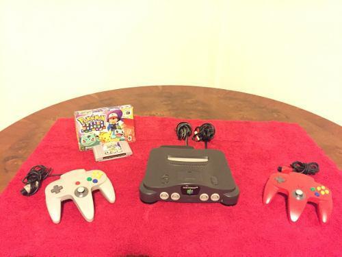 Nintendo 64 Con Dos Controles Y Un Juego