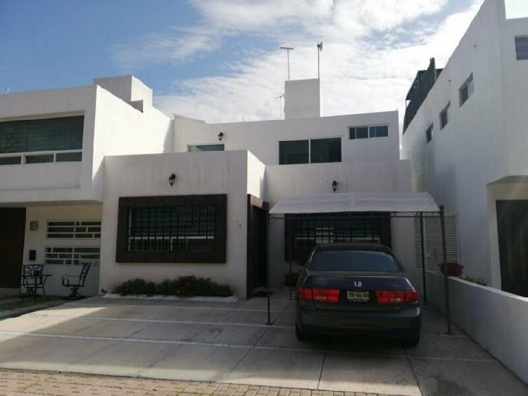 Casa en venta, Fracc. Bosques de San Juan / House on Sale,