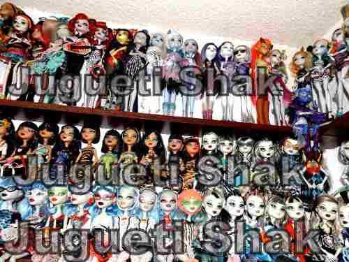 Colección Monster High De 134 Piezas!!!