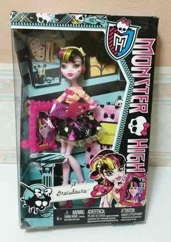 Draculaura Art Class - Monster High