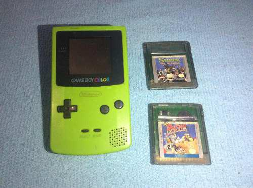 Game Boy Color. Verde. Green. Con Dos Juegos.