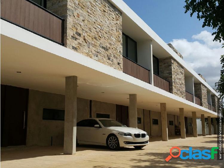 Town House en Renta AMUEBLADO en Merida
