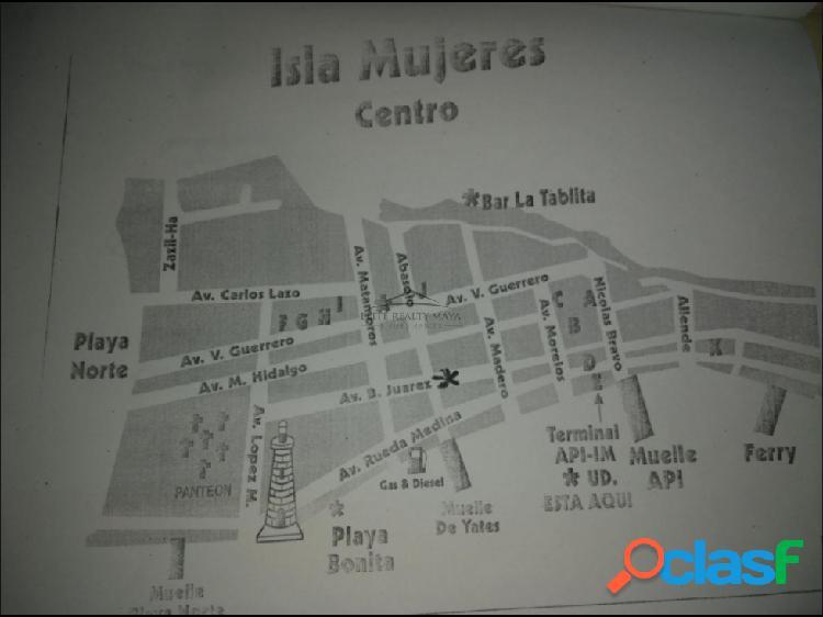 Venta de plaza comercial en Isla Mujeres