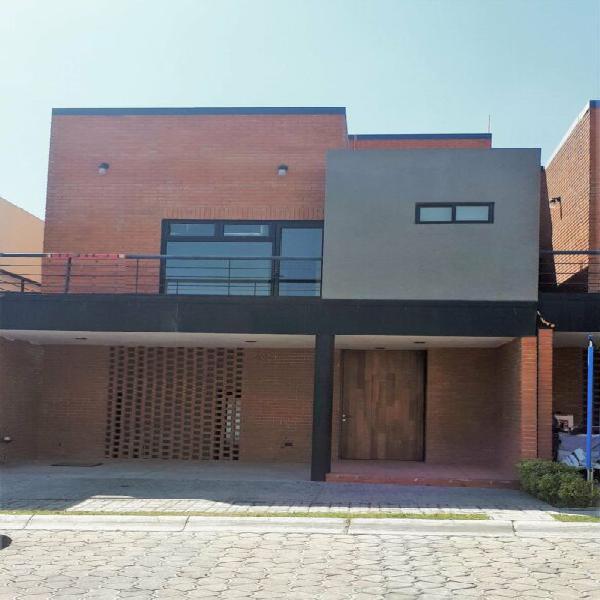 Casa Amueblada en Renta, zona Cascatta Lomas de Angelópolis